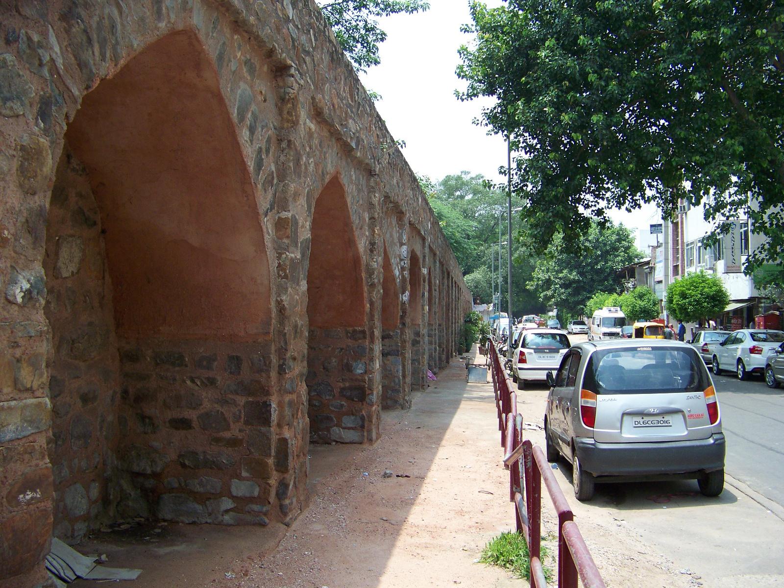 Backside of preserved wall segment in Ekta Sthal.