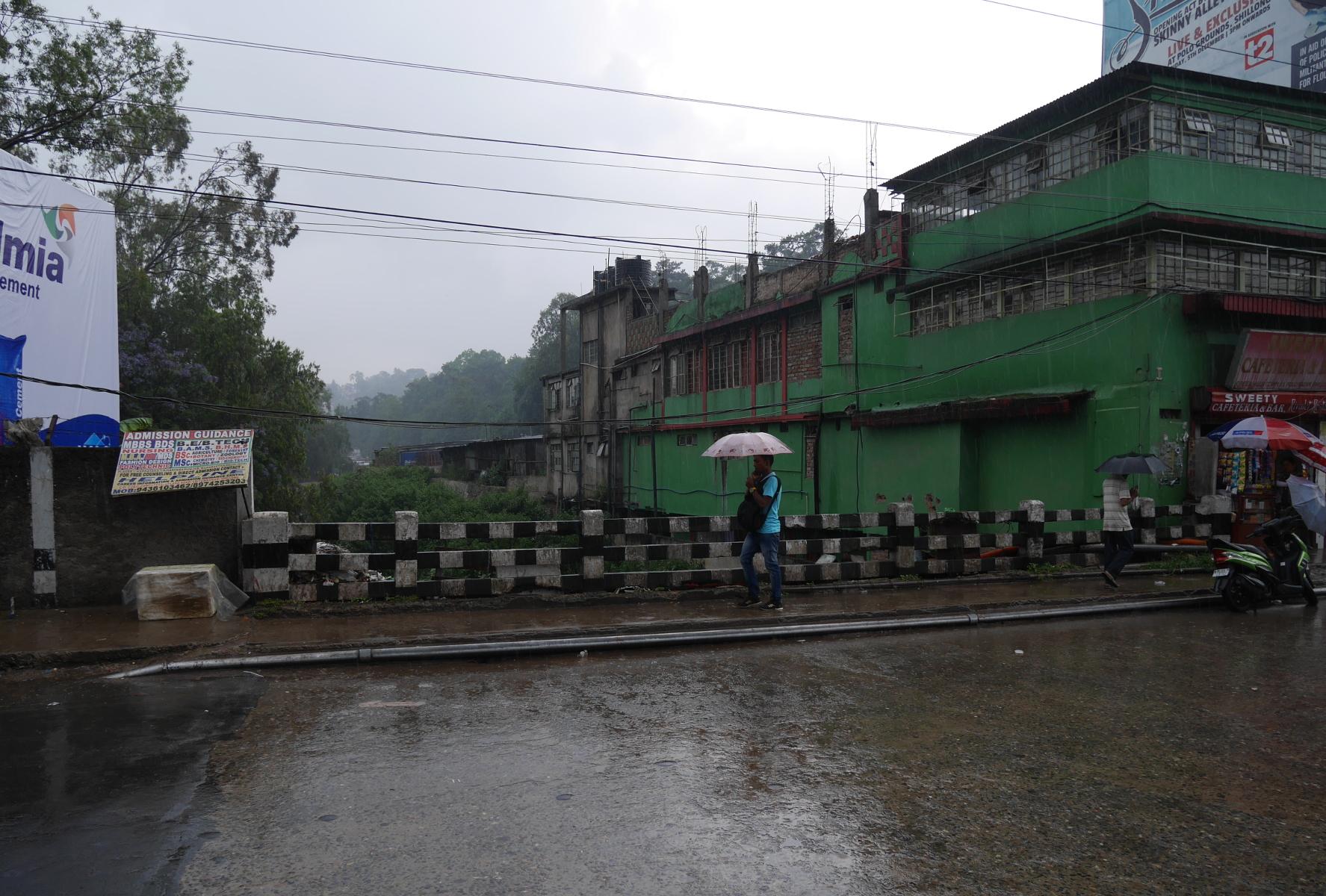 A bridge over the Umkhrah River in Shillong.