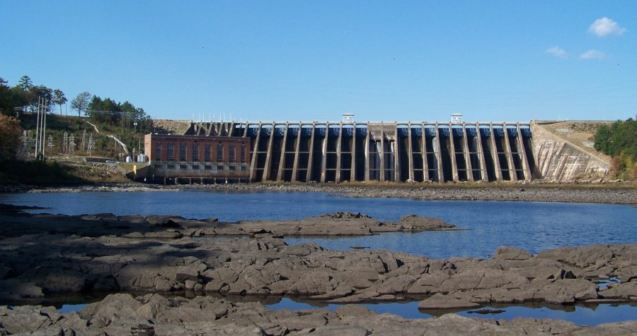 Bartletts Ferry Dam