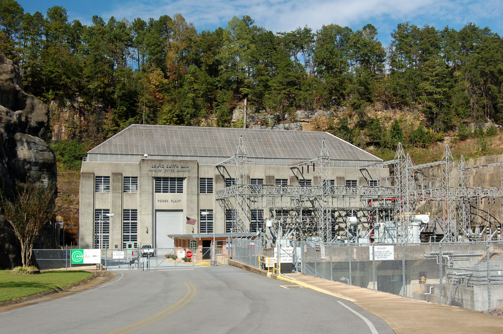 Smith Dam powerhouse