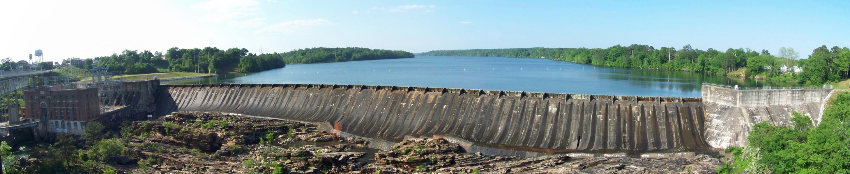 Thurlow Dam panorama