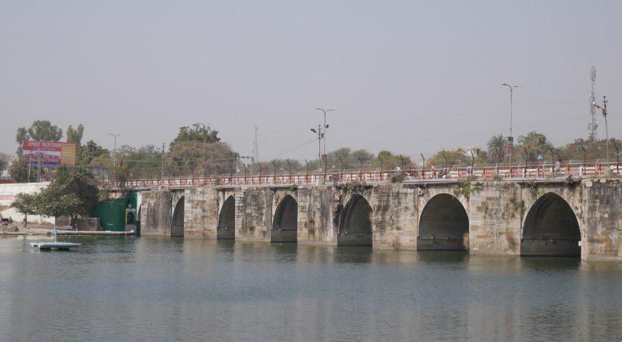 Gambhiri-River-Bridge